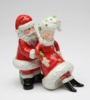 Santa Claus Holding Mrs. Claus Salt and Pepper Shakers, Set of 4