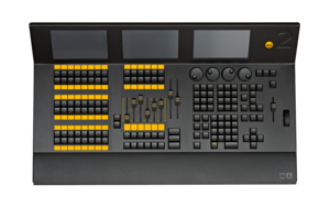 dot2 XL-B Console - 3 screens, 6 faders, 60 Buttons, 4,096 Channels