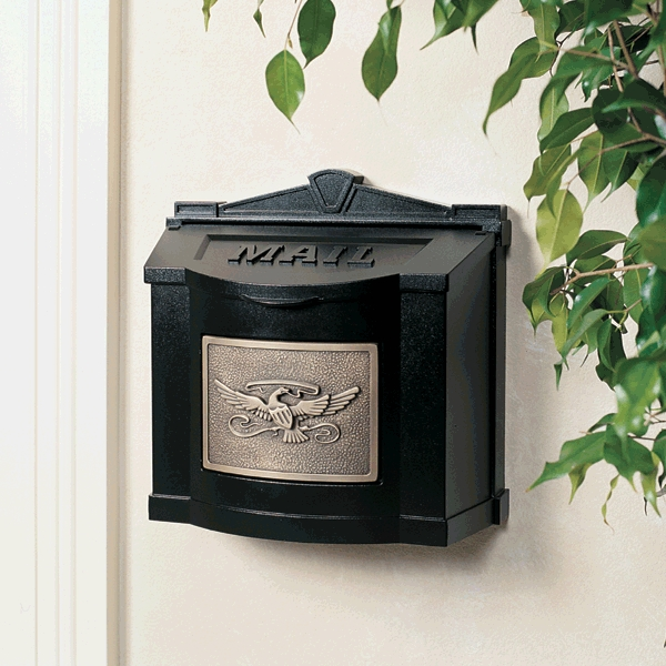 Gaines Mailboxes Black Wall Mount Mailbox With Antique Bronze