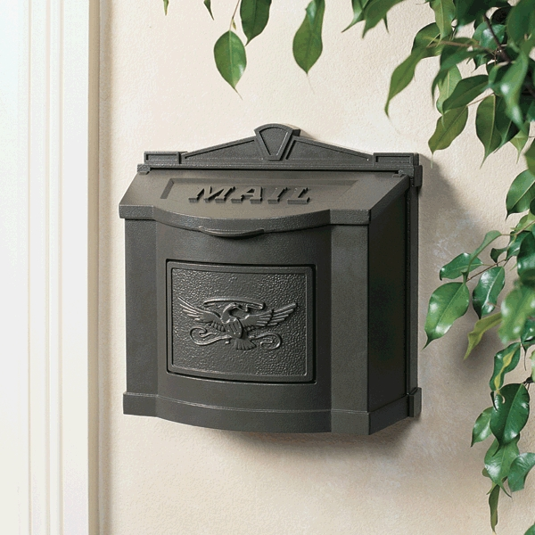 Gaines Mailboxes Bronze Wall Mount Mailbox With Bronze