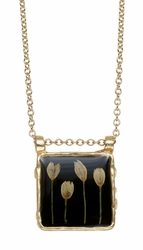 Veronica Bud Black Lg Sq on Chain