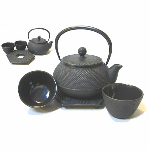 Black Hobnail Cast Iron Teapot,  20oz . Set  by Iwachu, <br>Hex Trivet & 2 Tea Cups