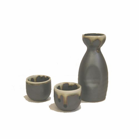 Irabo Sake Container and 2 Cups Set