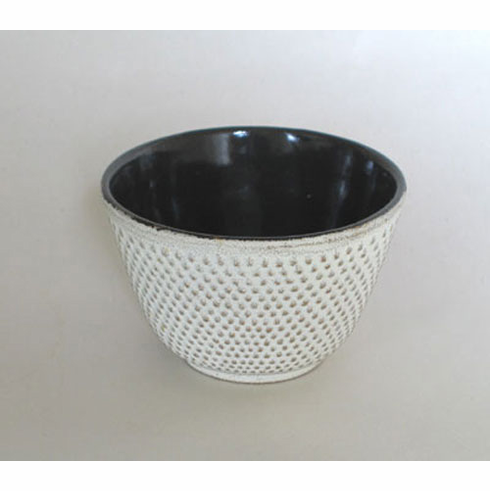 """Iwachu Cast Iron Tea Cup Gold/White Hobnail 4 oz.<font color=red><i>""""Sold Out""""</i></font>"""