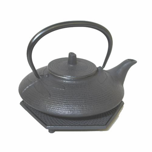 Iwachu Cast Iron Teapot Black <br>Dragonfly 16 oz. with<br> Black Hexagon Hobnail