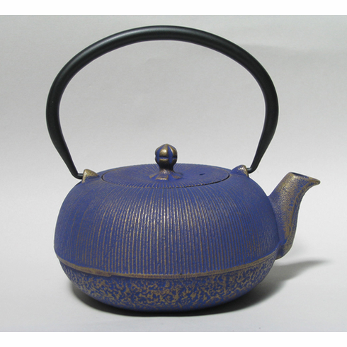 "Japanese Gold and Purple Color Cast Iron Teapot 24 oz.<font color=red><i>""Out of Stock""</i></font>"