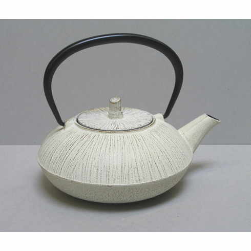 Japanese Gold and White Bamboo Cast Iron Teapot 18 oz. by Iwachu