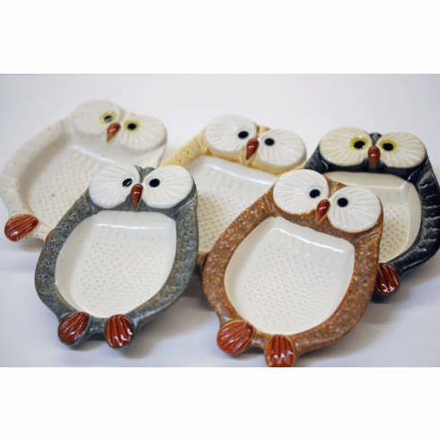 Owl Graters Available in 5 Different Colors