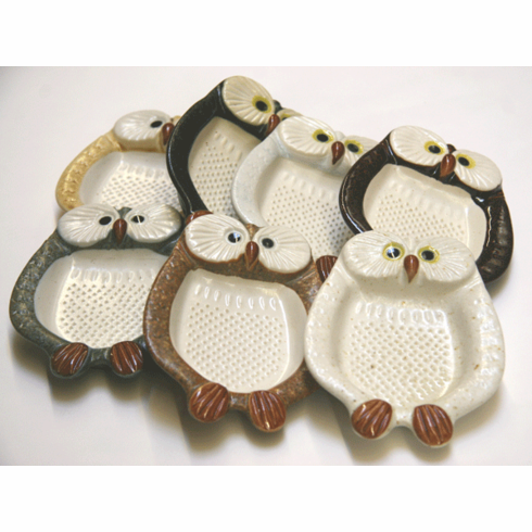 Owl Graters Available in 7 Different Colors
