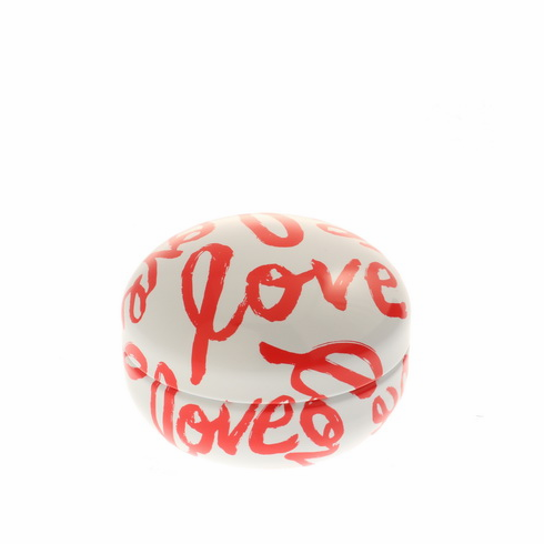 "White & Red ""Love"" Tea Canister 80 Grams"
