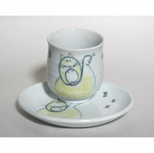 Yellow Yawning Kitty Tea Cup, 8oz with Matching Plate