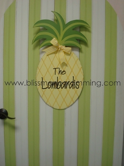 Pineapple Door Plaque