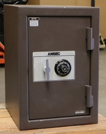Amsec PM2215 home safe Used