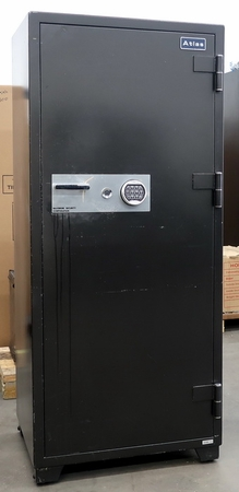 Large Atlas Two (2) hour fire safe Used