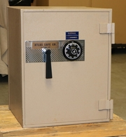"""Atlas Major """"C"""" rated Burglary in a 1hr. U.L. fire safe. Used"""