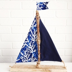 Driftwood coral Sailboat Blue Coral