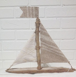 Natural Driftwood Sailboat Hudson