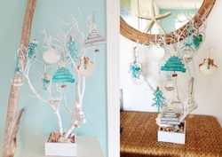 Sea Branch Tree with 12 Ornaments White