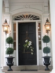 Silk Topiaries – A Perfect Way to Spruce up the Entry
