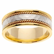 18kt Yellow Gold Wedding Ring with Hammered Platinum Center