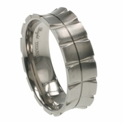 Mens Titanium Band in 7mm