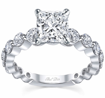 Single Prong Ladies Engagement Ring Round Diamonds - click to enlarge