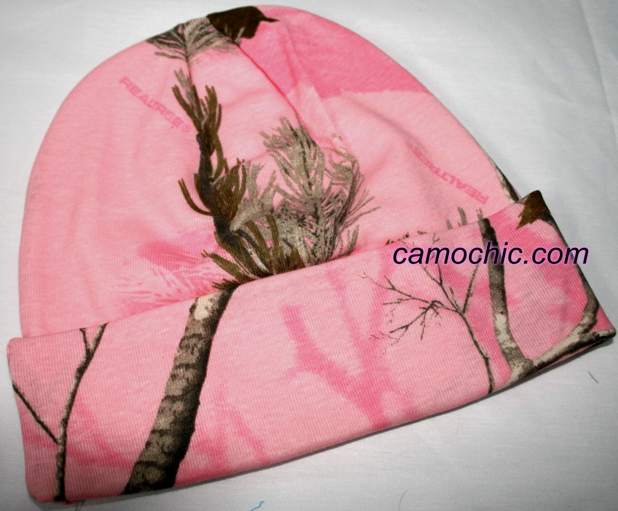 3861b1eea25 Realtree AP Pink Camouflage Beanie Stocking Hat
