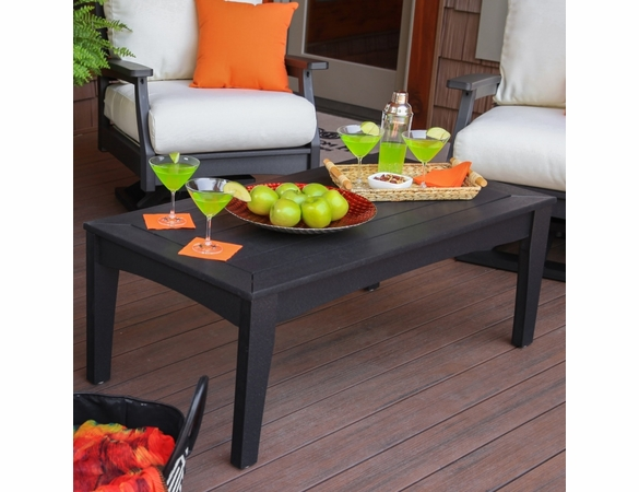 "Berlin Gardens Resin Classic Terrace 48"" Coffee Table"