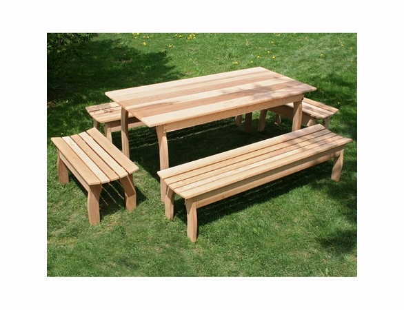 Cedar Family Dining Set