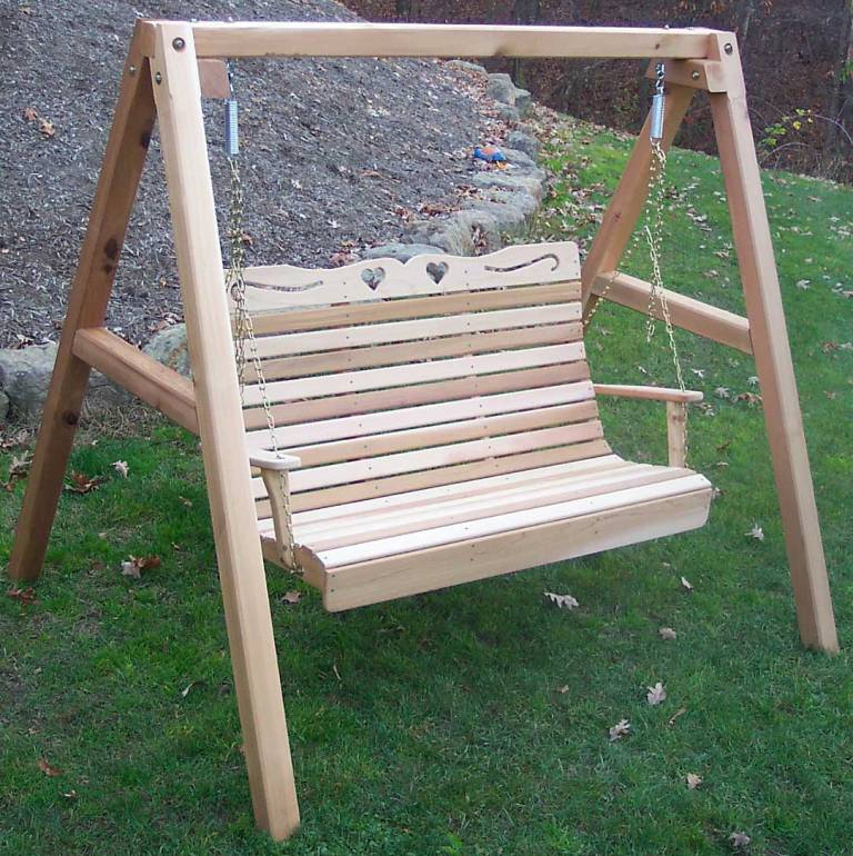 Cedar Royal Country Hearts Porch Swing With Stand