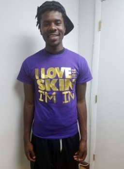 I love the skin I'm in Purple T-Shirt