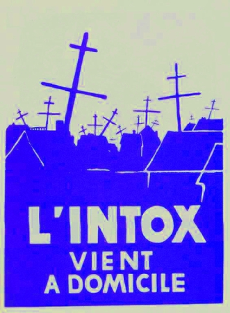 L'Intox Vient a Domicile (Disinformation delivered to your Home) Paris 1968 Street Poster T-Shirt