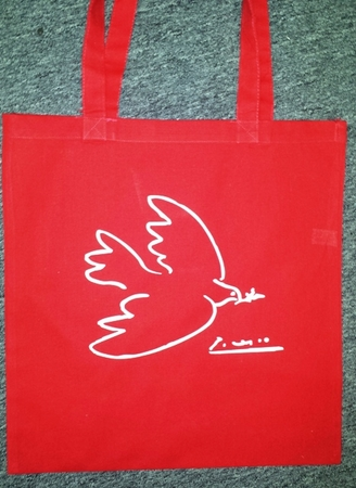 Pablo Picasso, Dove of Peace Tote Bag