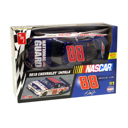 1/25 NASCAR 2010 # 88 Dale Earnhardt Jr Snap by ROUND 2