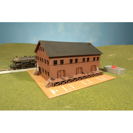 Bachmann 46902 N Built Up Freight Station w/Steam Whistle