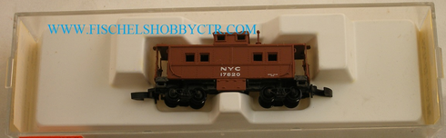 Micro Trains 14707 New York Central Caboose 17820 Z scale
