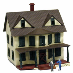 Model Power 2556 N scale B/U Haunted House, Lighted w/Figures