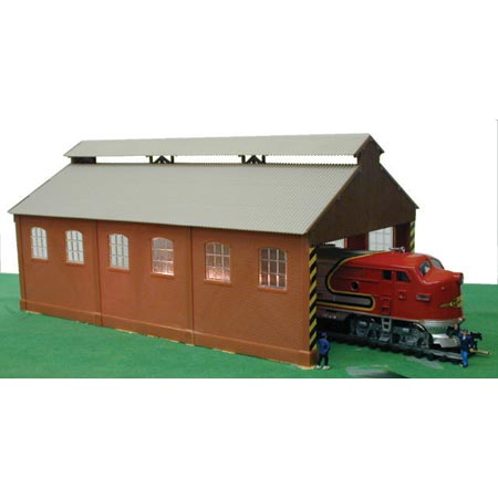 Model Power 629 Loco Maintenace Building With Track & Dummy Santa Fe Loco