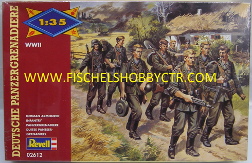 Revell 02612 WWII German Armoured Infantry 1:35th