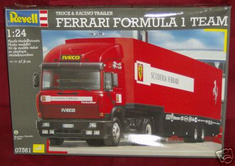 Revell Ferrari Formula Team Truck and Trailer 07561