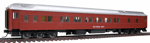 Walthers 932-11021 Burlington Northern #976026 (MOW Scheme; Boxcar Red, silver)