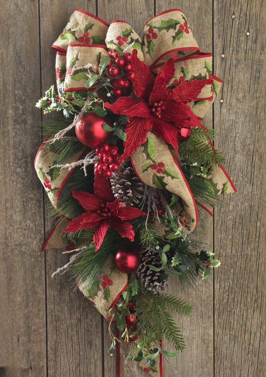 Christmas Garland And Swag Decorating Ideas : Christmas decorated door swag from decorating ideas made