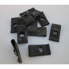 1/4-20 Extruded U-Nuts Clips Black .064-.125 Panel Range