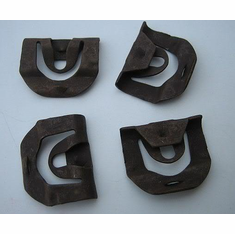 1967 Chevelle Upper & Lower Windshield Reveal Moulding Clips (20)