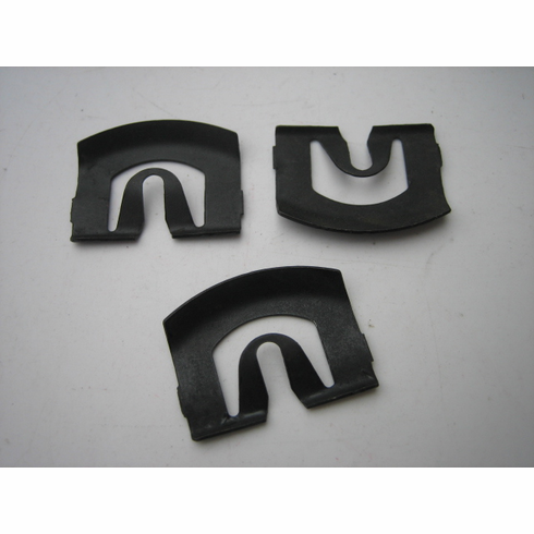 1973-On GM Windshield Reveal Moulding Clips (25)