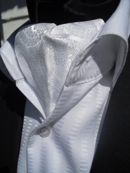White Paisley Ascot and matching Hanky