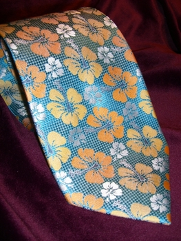 Teal Floral necktie w/matching Hanky