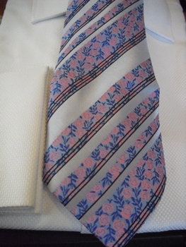 Tie83 with matching Hanky