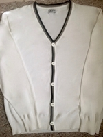 White Cardigan Sweater size:XL