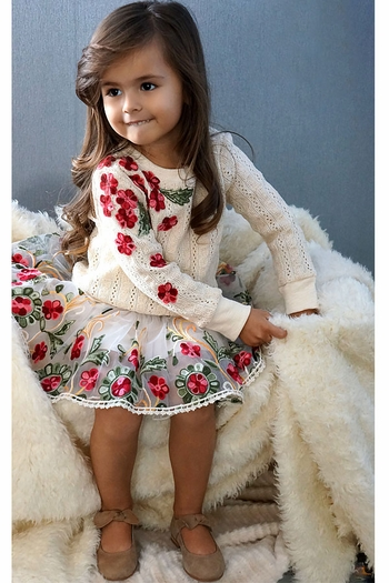 Baby Sara Girls  Sweater  with Flowers (Size 4)